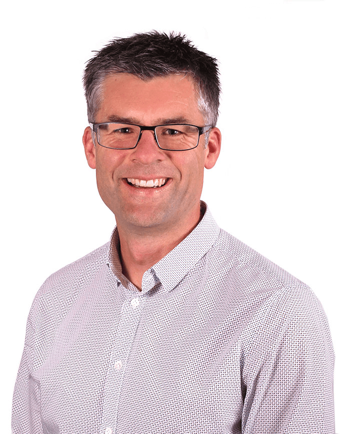 Simon-Telfer-Stimulus-NZ-New-Zealand-Board-appointments-and-advise-banner-image-of-Simon-in-Wanaka-min